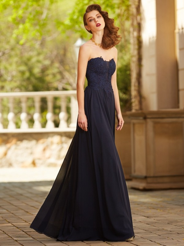Fashion A-Line/Princess Sleeveless Floor-Length Sweetheart Applique Chiffon Dresses
