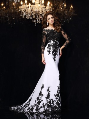 Fashion Sheath/Column Lace Long Sleeves Scoop Long Chiffon Dresses