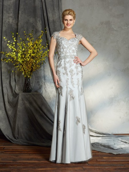 Stylish Sheath/Column Applique Sleeveless Sweetheart Long Satin Mother of the Bride Dresses