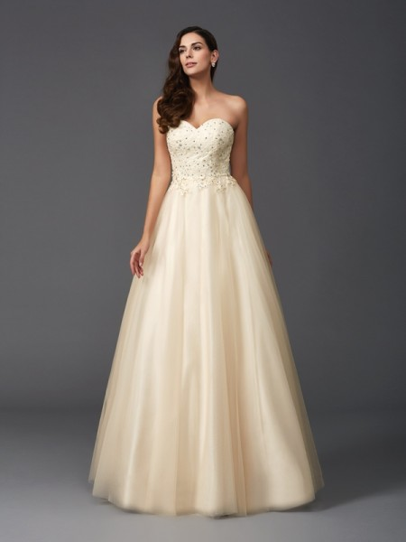 Fashion A-Line/Princess Beading Sleeveless Sweetheart Long Net Dresses