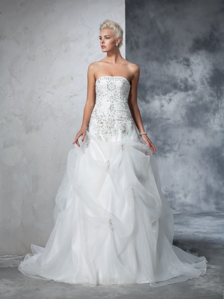 Stylish Ball Gown Beading Sleeveless Strapless Long Tulle Wedding Dresses