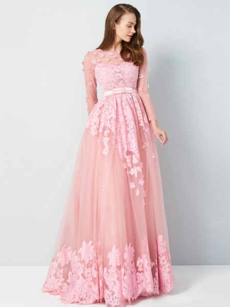 Stylish A-Line/Princess 3/4 Sleeves Floor-Length Scoop Applique Tulle Dresses