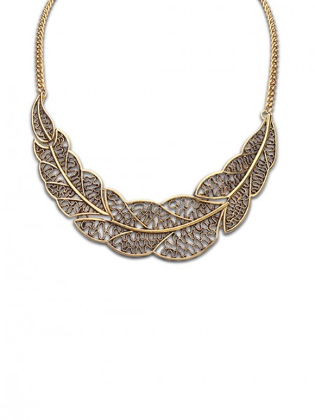 The Most Stylish Occident Foreign Orders Simple Hollow Tree Leaf Hot Sale Necklace