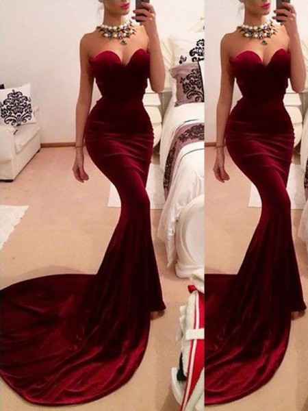 Trumpet/Mermaid Sweetheart Sweep/Brush Train Velvet Sleeveless Ruffles Dresses