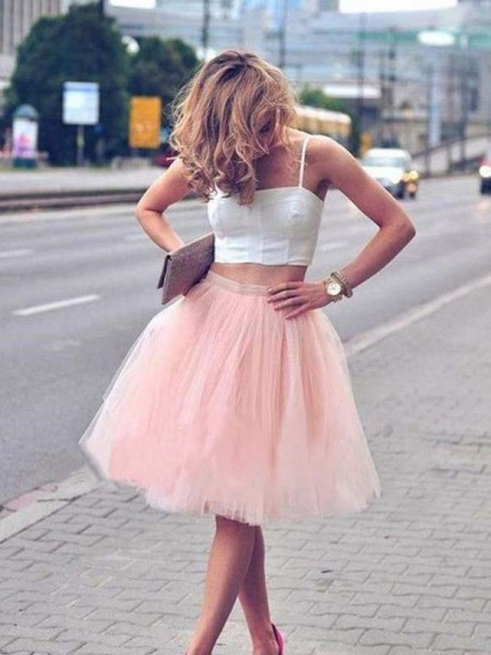 Knee-Length A-Line/Princess Spaghetti Straps Sleeveless Tulle Homecoming Dress