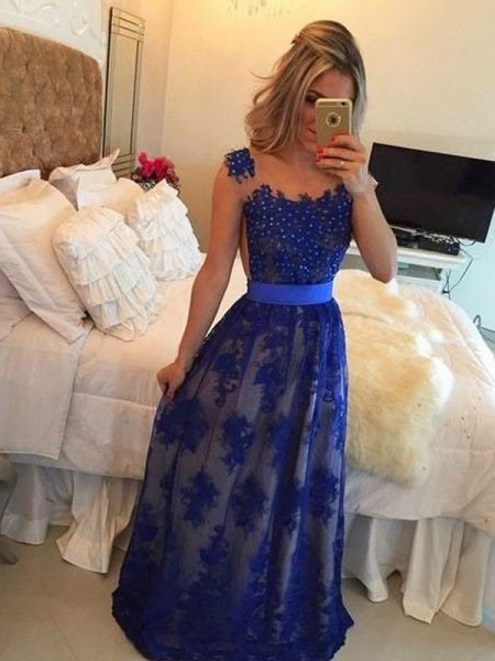 Fashion Sheath/Column Sleeveless Applique Scoop Floor-Length Tulle Dresses