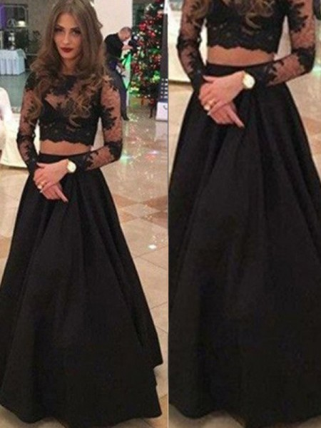 Stylish A-Line/Princess Scoop Floor-Length Long Sleeves Lace Dresses