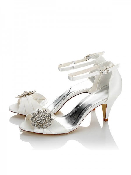 Stylish Satin PU Peep Toe Spool Heel Wedding Shoes For Women